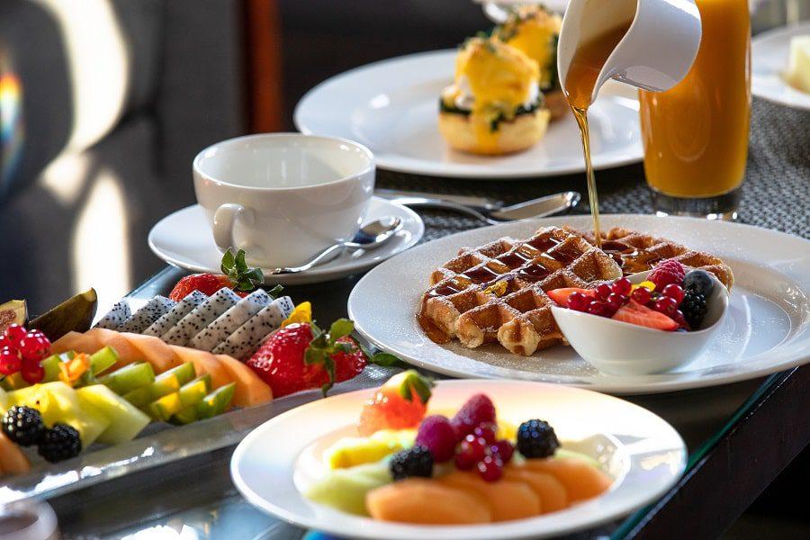 breakfast at grosvenor house suites london jumeirah living