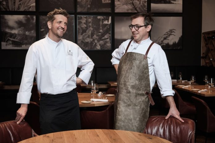 Guest Chef Max Stiegl and Stephan Zuber (2) - Fotocredit Robert Pichler-min