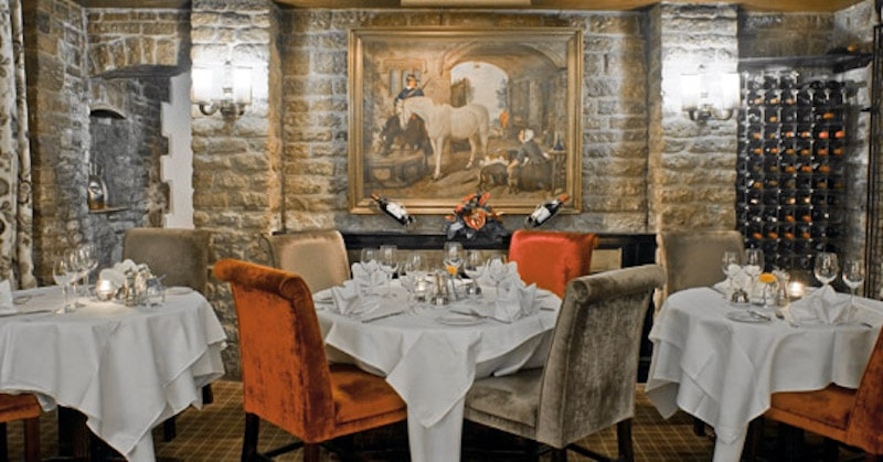 the bear hotel dining room oxfordshire woodstock