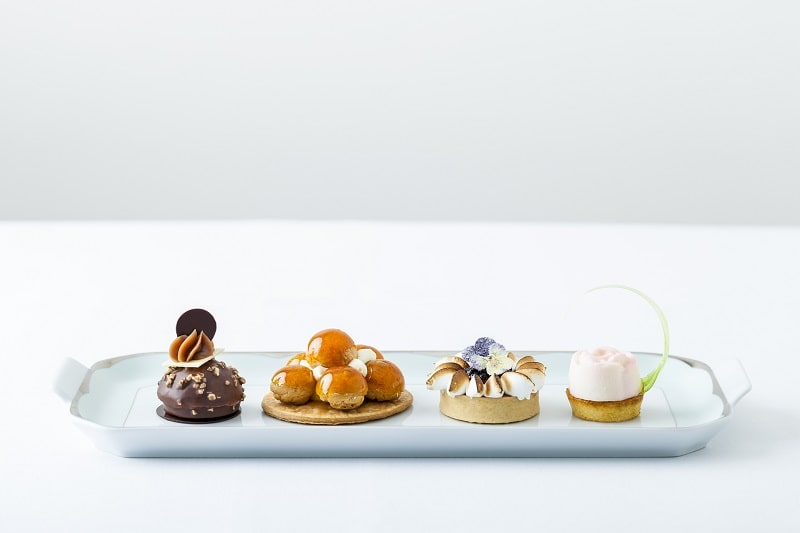 the dorchester london afternoon tea pastries