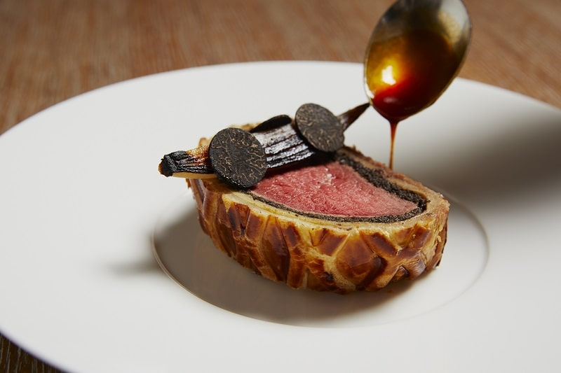the grill at the dorchester beef wellington slice dinner