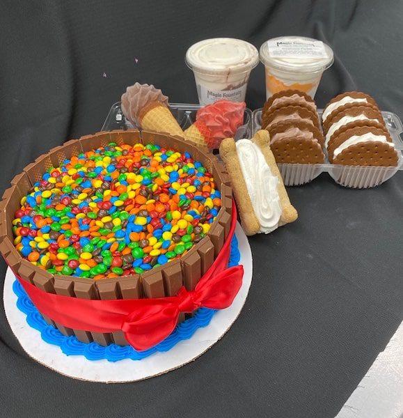 magic fountain ice cream mattituck cake and ice cream sandwiches long island
