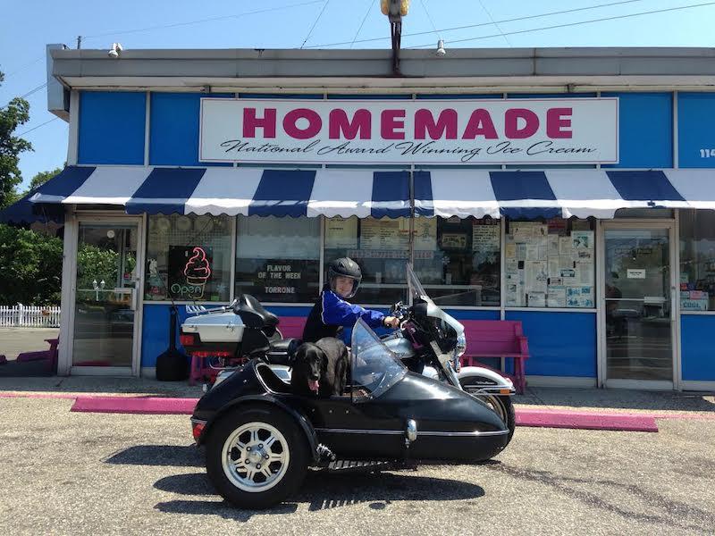 snowflake ice cream shoppe riverhead