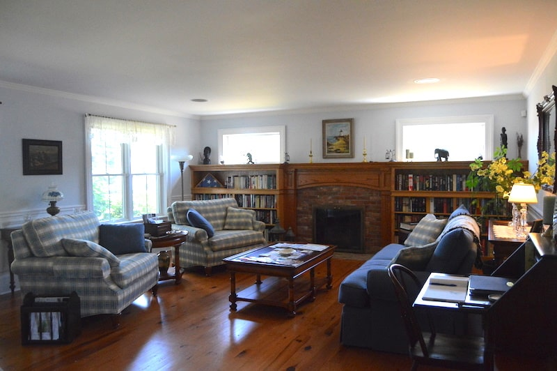 coffey house bed and breakfast living room