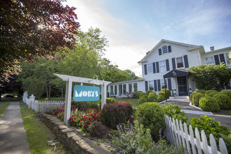 moby's east hampton the hamptons exterior