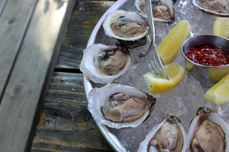 ruschmeyer's oysters etiquette montauk new york outdoor dining seafood