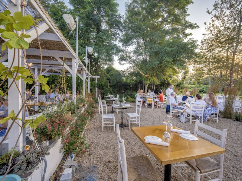 calissa hamptons water mill exterior restaurant outdoor dining