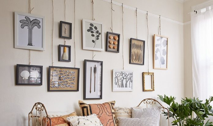 hanging pictures artwork on wall
