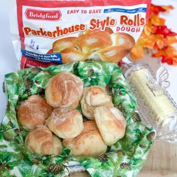 parkerhouse style rolls