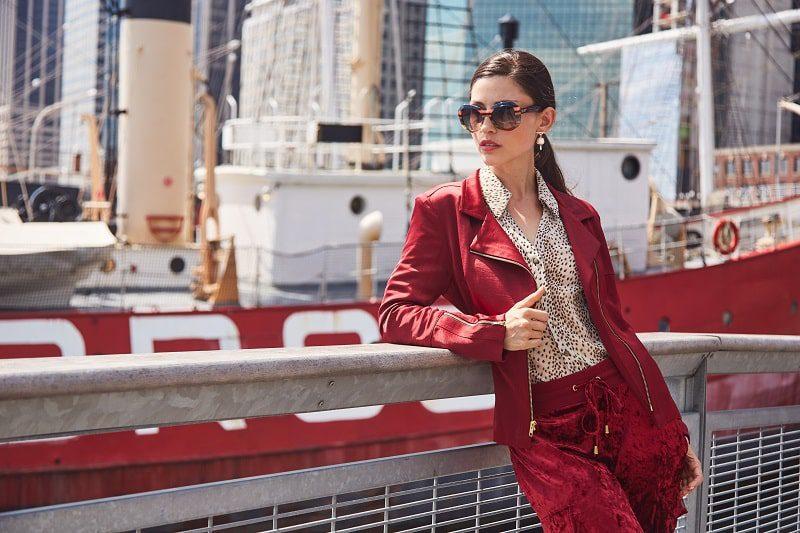the one paint aysha new york blazer manhattan in scarlet