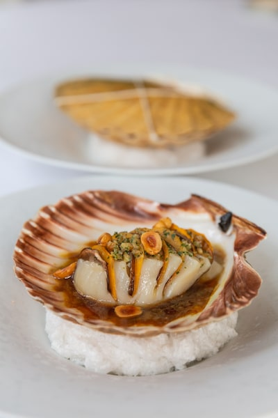 xxl scallop five course menu