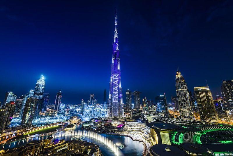 burj khalifa at night blue sky dubai