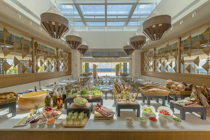 vora mar restaurant haven resorts food buffet spread - East End Taste Magazine