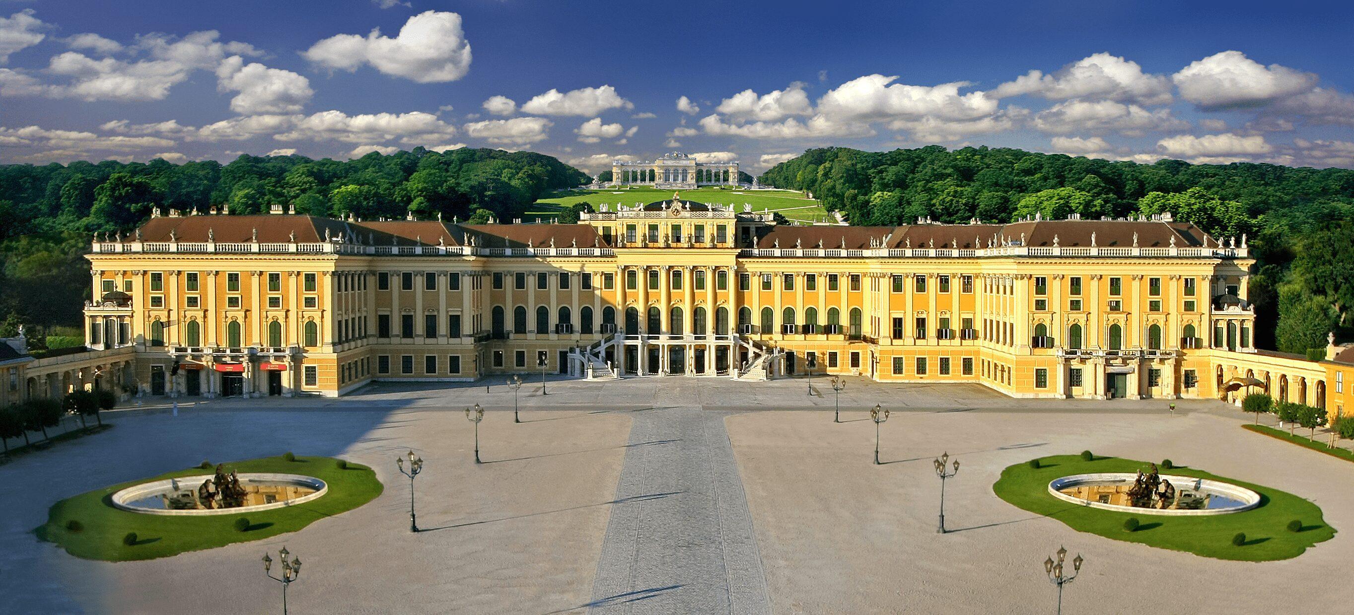 Schönbrunn Palace - East End Taste Magazine