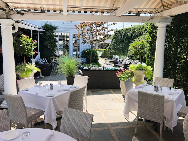 t-bar southampton patio lounge area hamptons outdoor dining