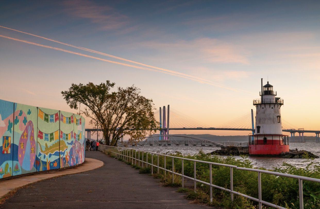 sleepy hollow new york prettiest towns bridge lighthouse