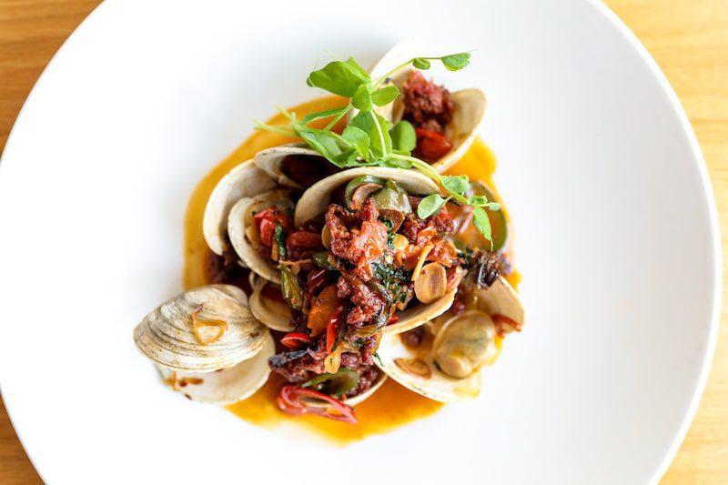 rita cantina hamptons clams