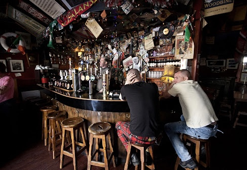 Sin é cork Ireland traditional pub