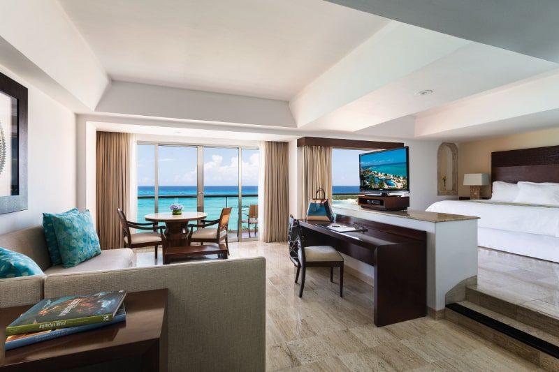 grand fiesta americana coral beach master suite