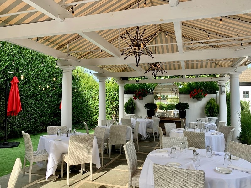 t bar southampton outdoor dining
